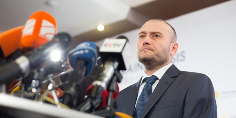 Dmytro Yarosh, the leader of the Right Sector union of radical parties and organizations of Ukrainian patriots